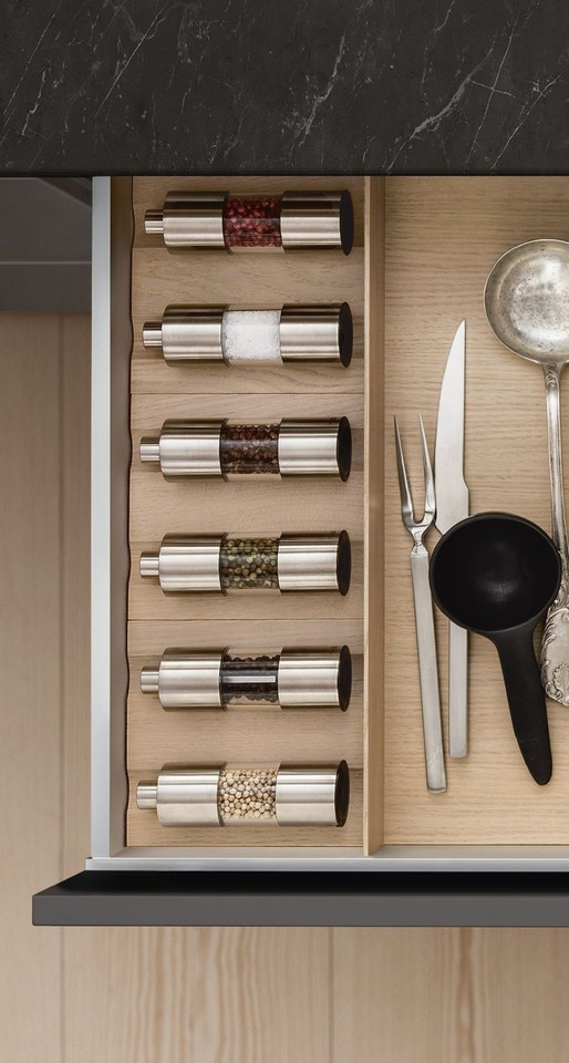 siematic-interior-drawers-pullouts-wood-0123.jpg